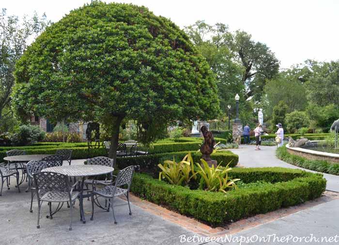 Houmas House Plantation Gardens 26
