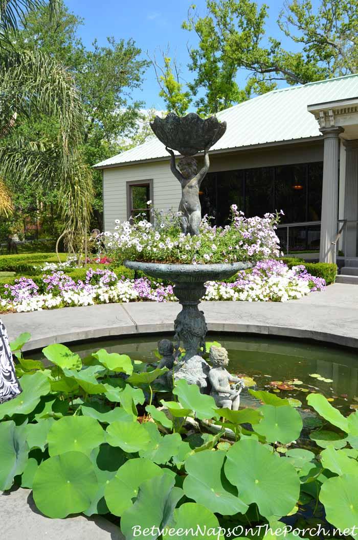 Houmas House Plantation Gardens 33