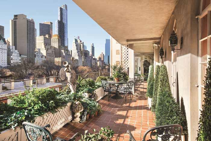Joan River's New York Apartment Terrace Garden