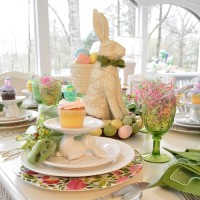 A Spring Table Setting with the Easter Bunny