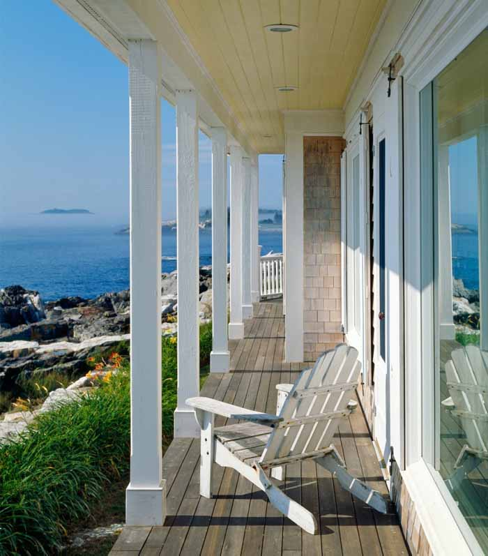 Oceanside Cottage Porch