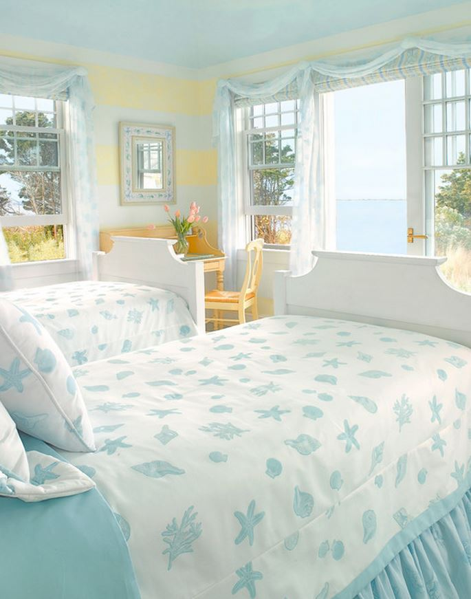 Coastal Bedroom: Cozy Lake House With A Fabulous Screened Porch
