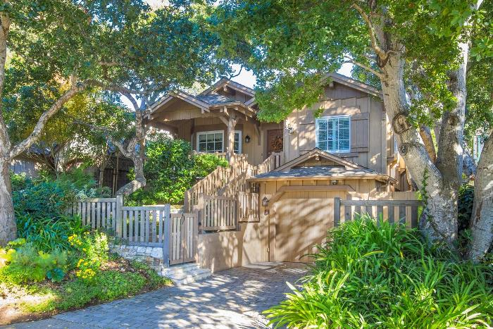 Tour This Storybook Cottage In Carmel By The Sea