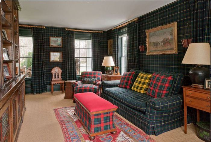Decorate in Plaid