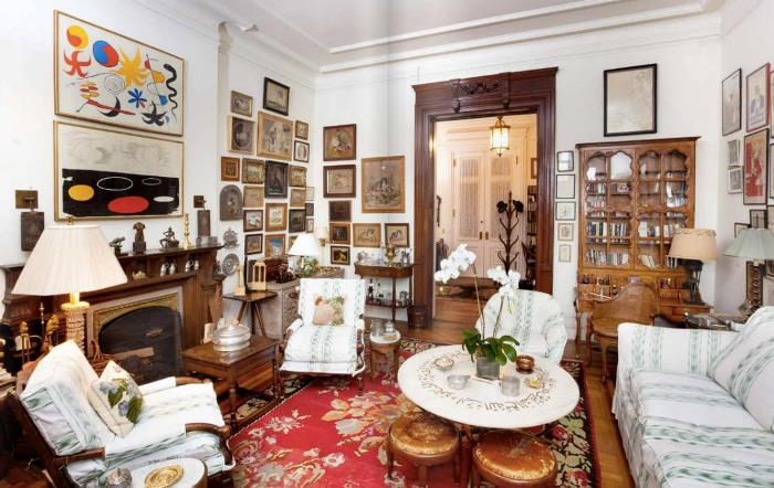 Lauren Bacall's Library in New York Home