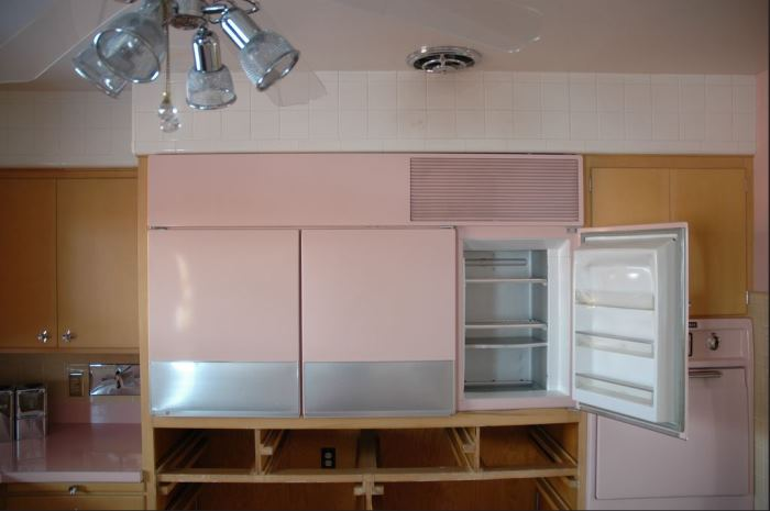 Never Used 1956 Kitchen With GE Appliances 03