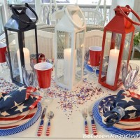 Patriotic Table Setting For Memorial Day & 4th of July