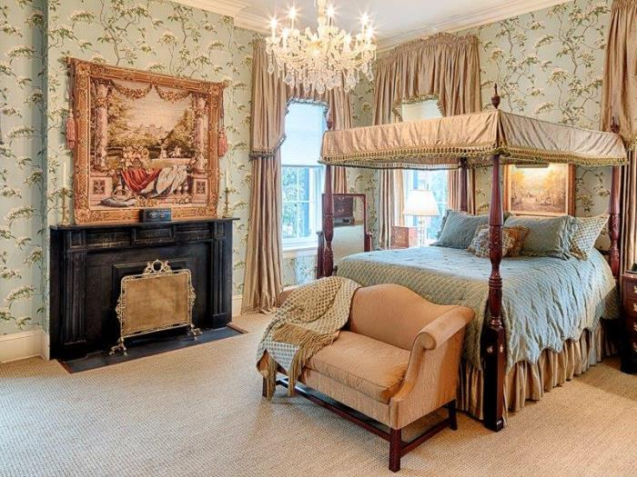 Bedroom in Historic Savannah Row House