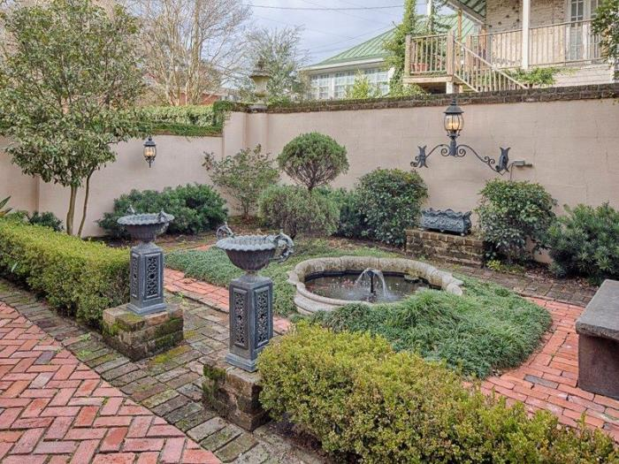 Garden behind Historic Row House in Savannah