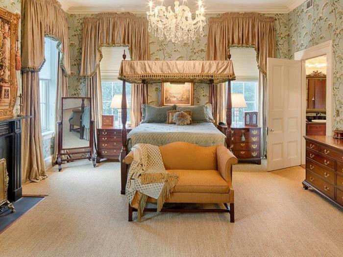Historic Savannah Row House Bedroom
