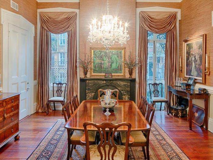 Historic Savannah Row House Dining Room