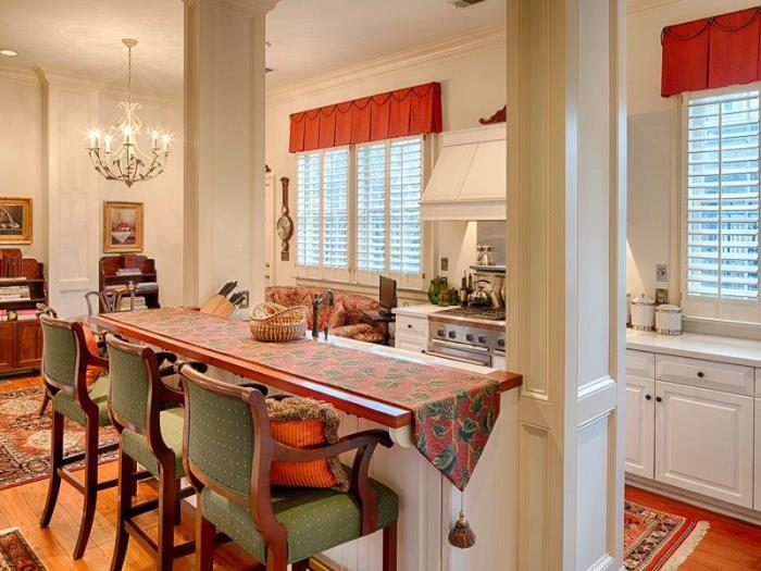Historic Savannah Row House For Sale 05