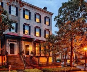 Historic Savannah Row House For Sale 16