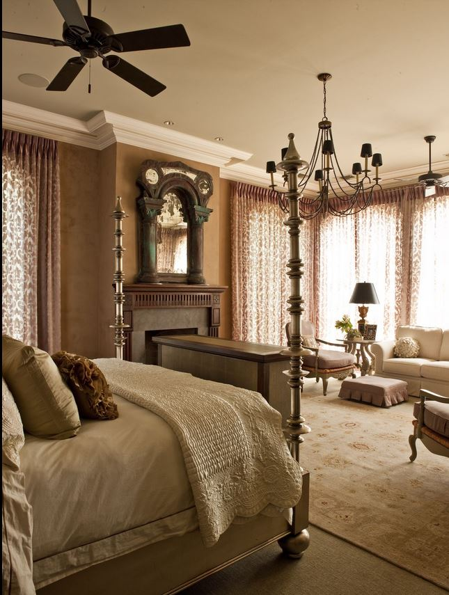 Paul Deen's Bedroom, Home For Sale in Savannah