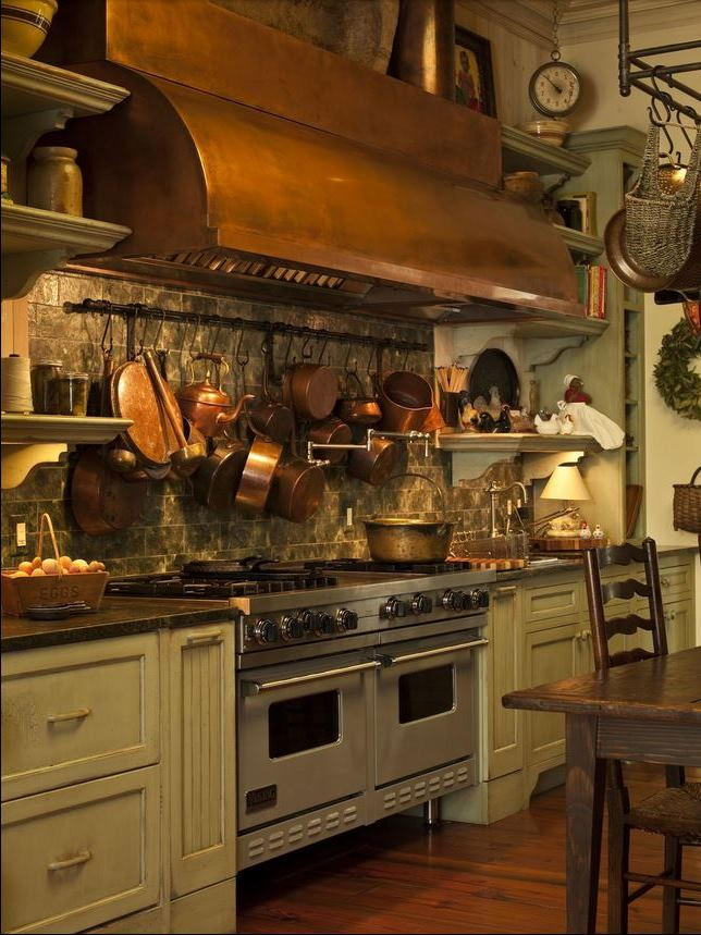 Paula Deen's Kitchen, Savannah River Home