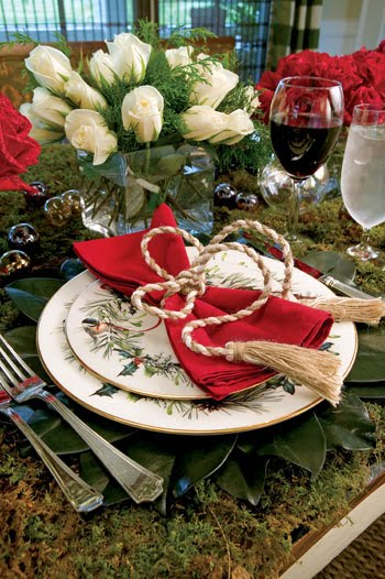 Paula Deen's Moss Table With Lenox Winter Greetings