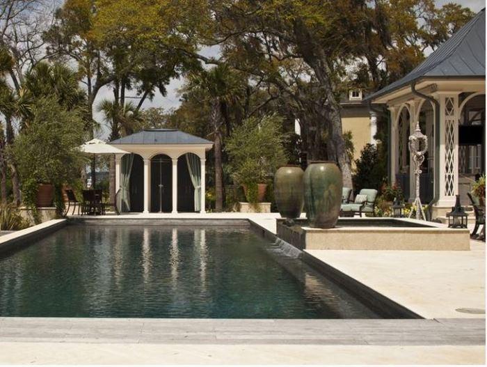 Paula Deen's Pool & Cabana