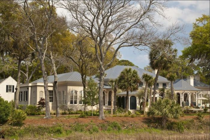 Paula Deen's Riverside Home in Savannah for Sale