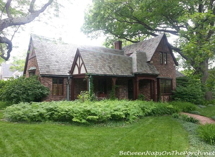 Charming Older Homes 04_wm