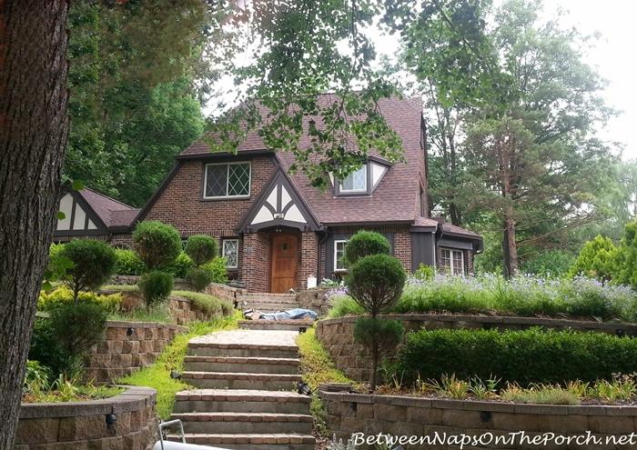 Charming Older Homes 13_wm