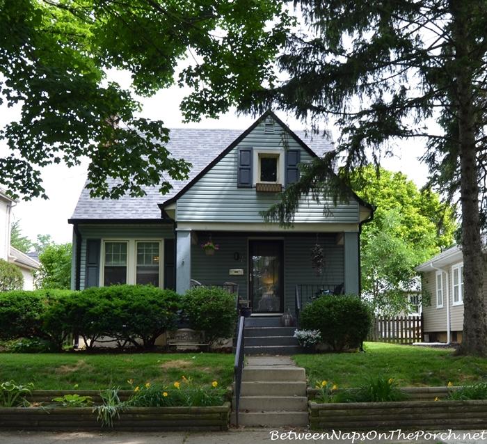 Charming Older Homes 21_wm