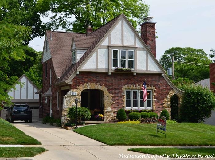 Charming Older Homes 29_wm