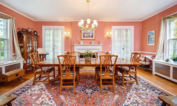 Mad Men's Don Draper's Colonial Home For Sale 16
