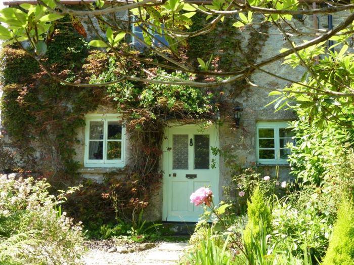 Storybook Cottage, Pixie Nook