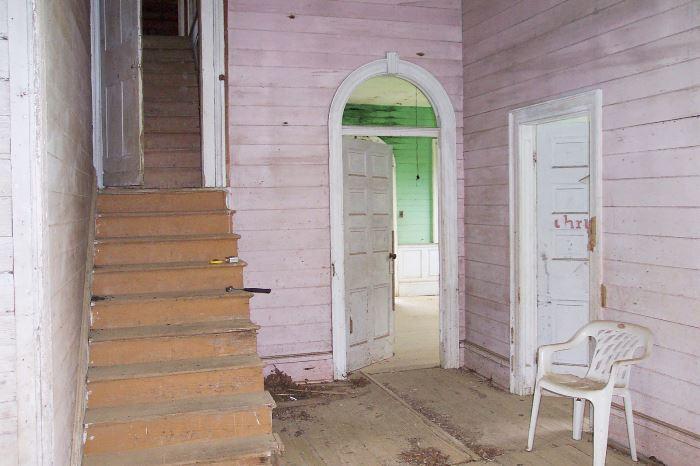 1820 Mississippi Farmhouse Entry Before Restoration