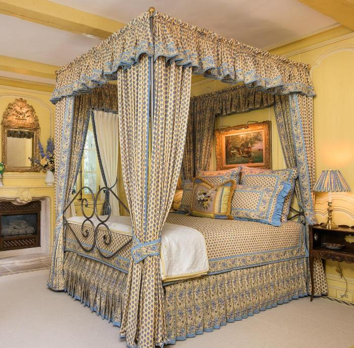 Canopy Bed in Blue and Yellow
