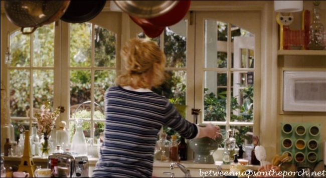 Cottage House in Bewitched Movie, Kitchen 2