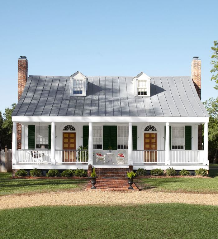 A Historic Mississippi Farmhouse Gets A Stunning Restoration