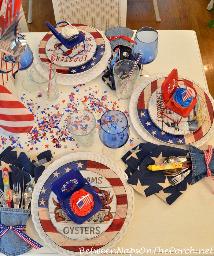 Independence Day Table Setting