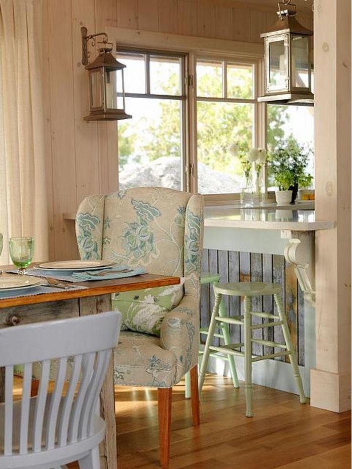 Sarah Richardson's Summer House Bar With Weathered Wood