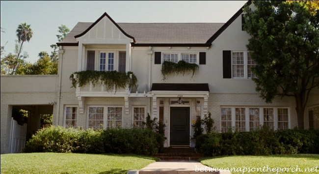 The bewitched sitcom tv house in the movie bewitched for Cottages in los angeles