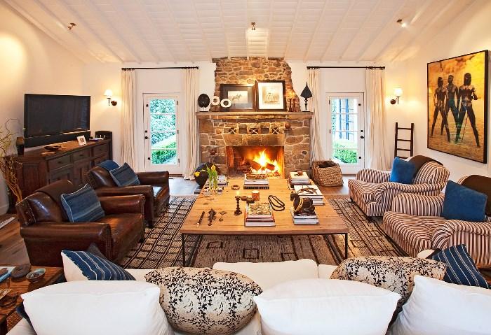 Beautiful Home With African Safari Art & Decor 12