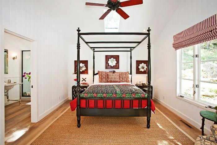 Black 4 Poster Bed