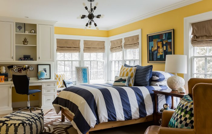 Boy's Bedroom in Navy