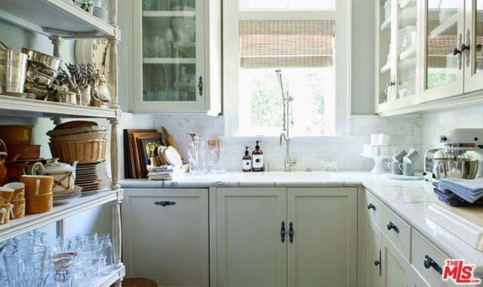 Butler's Pantry With Marble Countertop