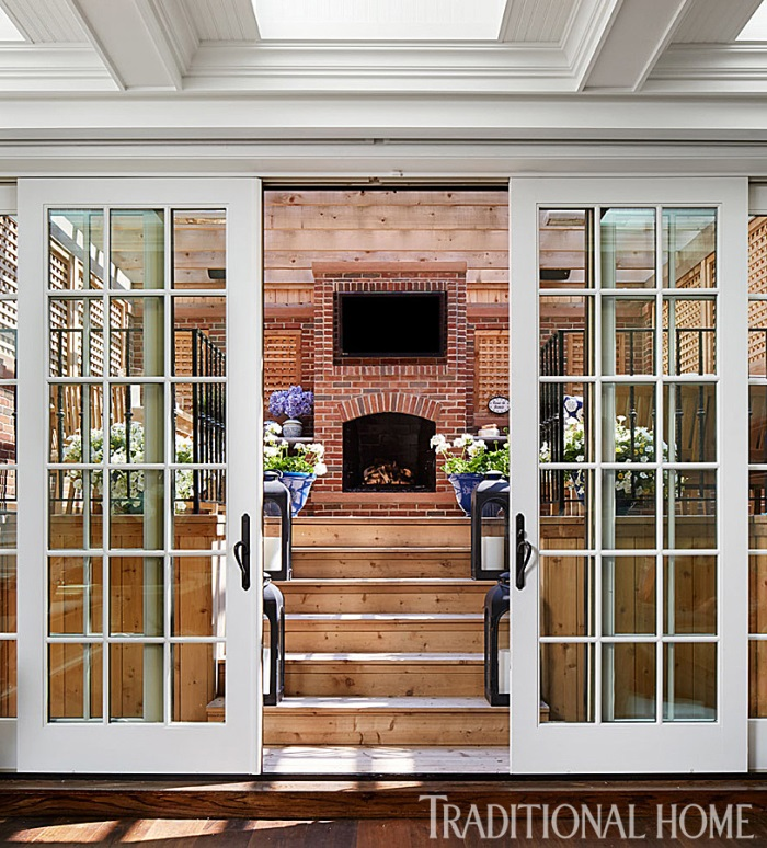 Giuliana & Bill Ranci's Deck Oudoor Room in Chicago