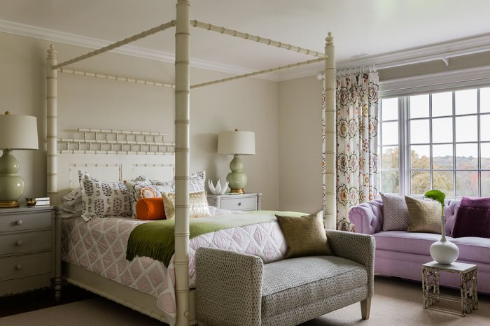 Green & Lavender Bedroom