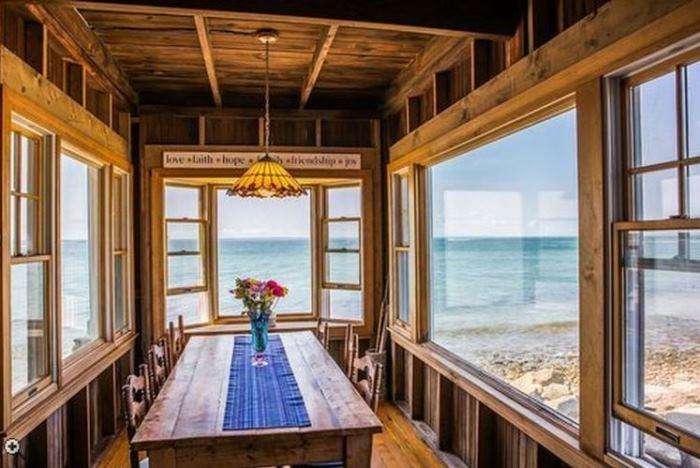 A Cozy Oceanside Cottage In Vineyard Highlands Martha S