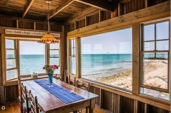 Oceanside Cottage Vineyard Highland, Oak Bluffsm Massachusettes 04