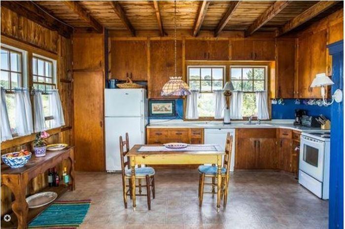 Oceanside Cottage Vineyard Highland, Oak Bluffsm Massachusettes 06