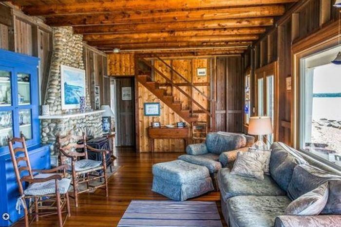 Oceanside Cottage Vineyard Highland, Oak Bluffsm Massachusettes 07
