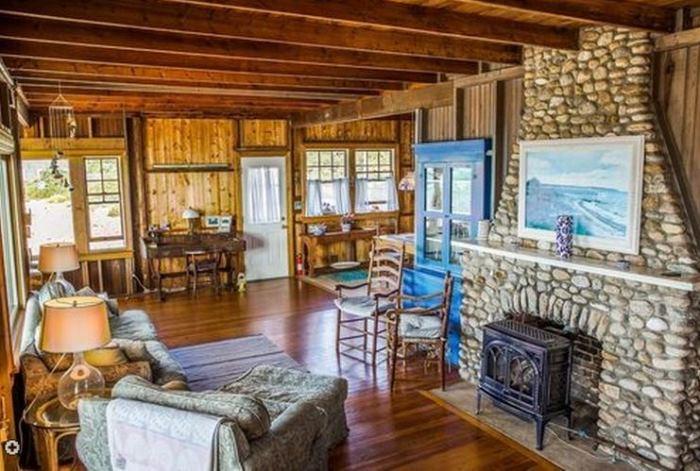 Oceanside Cottage Vineyard Highland, Oak Bluffsm Massachusettes 08