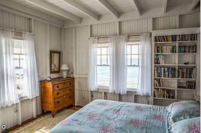 Oceanside Cottage Vineyard Highland, Oak Bluffsm Massachusettes 09