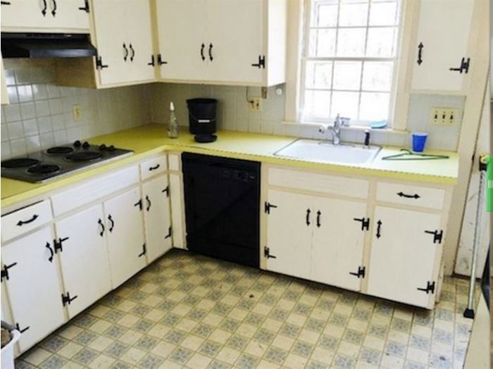 1960 S Kitchen Gets A Dramatic Makeover