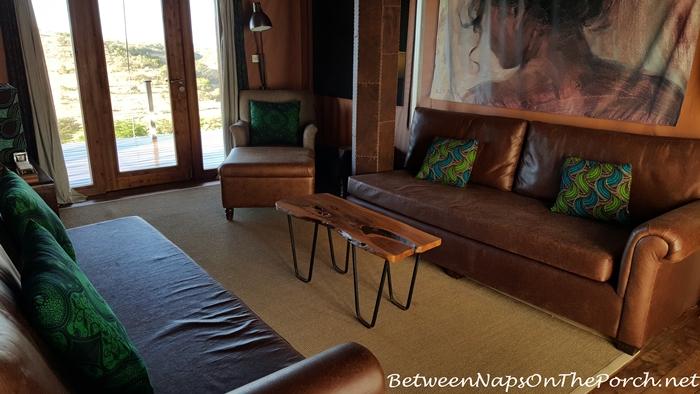Living Room, Tent Mahaliz Mzuri