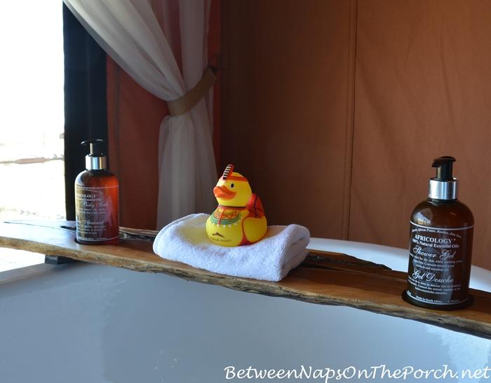 Mahali Mzuri Rubber Ducky